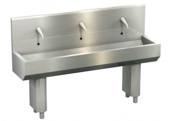Wash trough, freestanding, with 3 washing bays